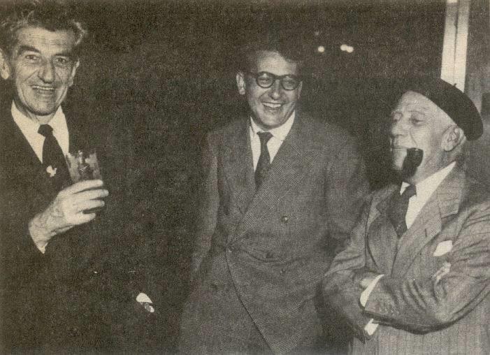 De izquierda a derecha: Ciro Mendía, Guillermo Cano y Gabriel Cano, periodistas del diario El Espectador