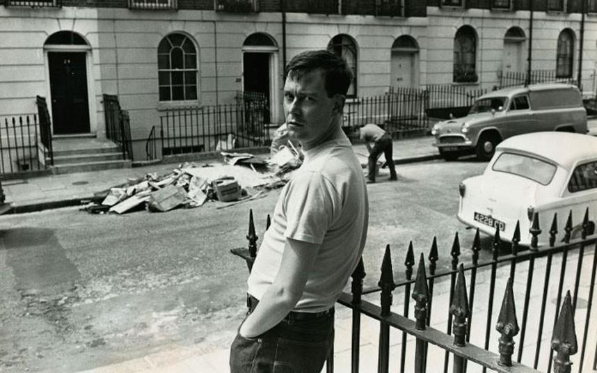 """Joe Orton: """"Martes 9 de febrero  de 1967. Fuimos al Prince Charles Cinema a ver una sesión doble de Polanski, Repulsión y Cul-de-sac. Yo fui sobre todo para ver a Donald Pleasence…"""" Foto tomada de: telegraph.co.uk"""
