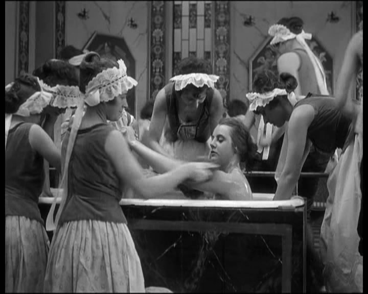 The Oyster Princess (1919). | www.cinecouch.com