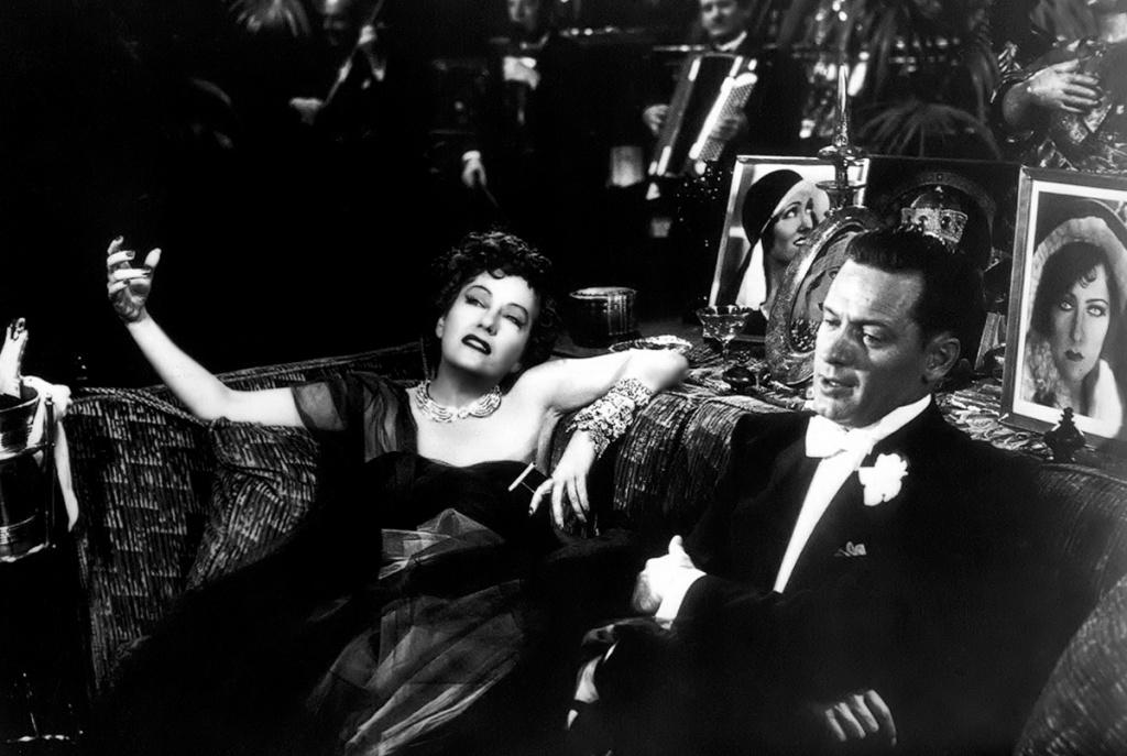 Hitchcock le mandó un telegrama a Wilder que decía: Las dos palabras más importantes en el mundo del cine son Billy Wilder.
