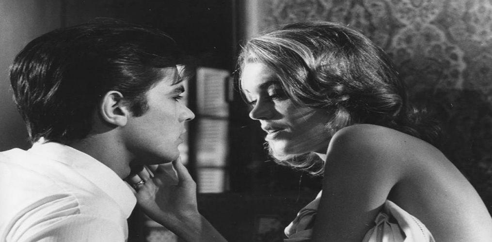 El cine de Antonioni es una inmóvil introspección del malestar de nuestra cultura, de la angustia que corroe el alma.