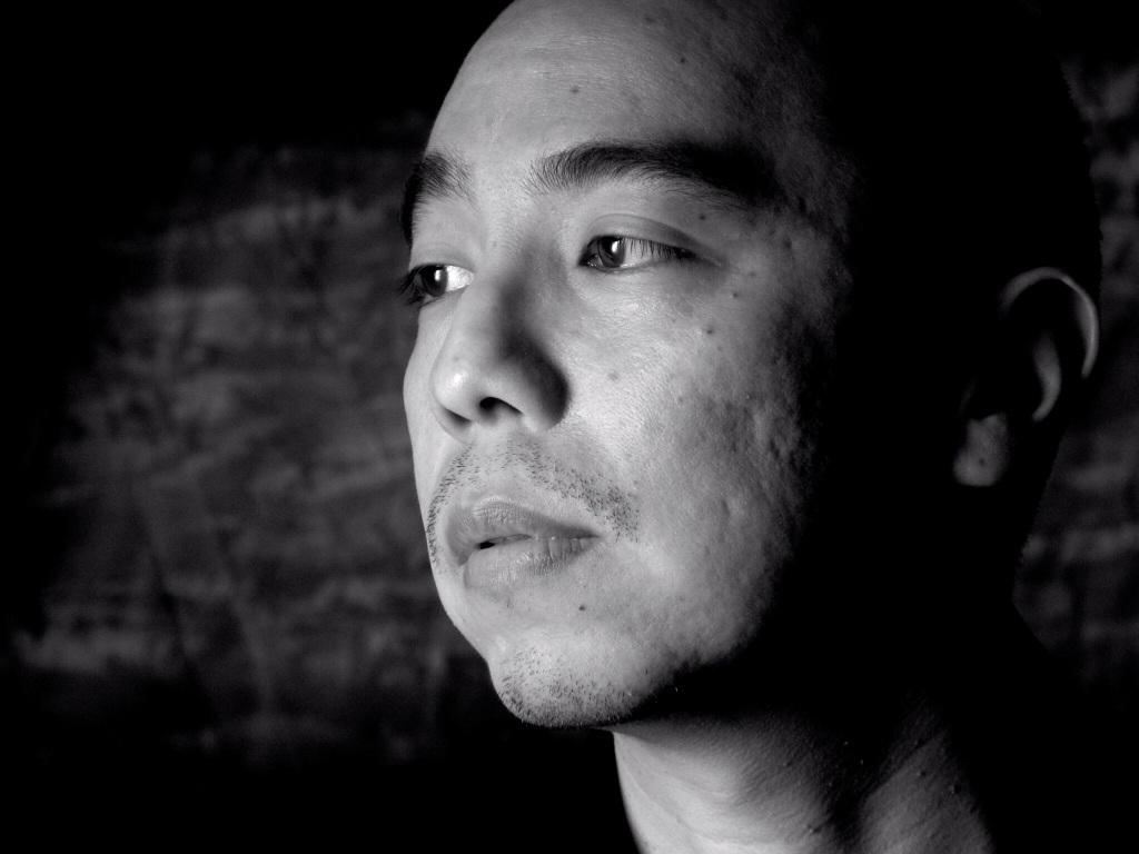 Apichatpong Weerasethakul: En el inicio, intenté combinar historias y contarlas en diferentes formas. Quería mostrar a personas sufriendo o llorando. Atenuando esos sentimientos, pero manteniendo el espíritu de las supersticiones y del amor.