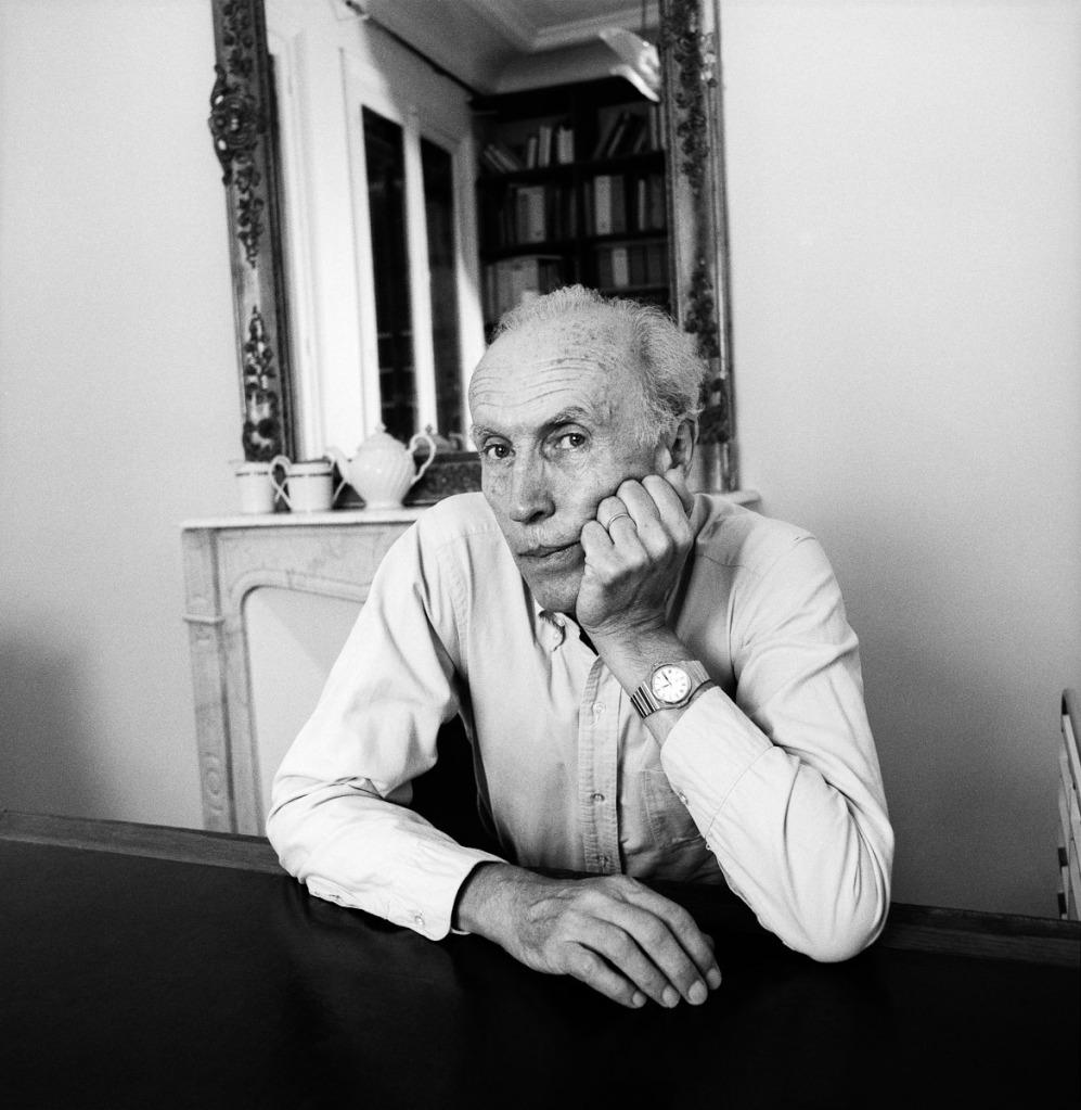 Este miembro de la Nouvelle Vague y antiguo redactor-jefe de Cahiers du Cinéma (1957-1963) provocó a la crítica gala con su L'anglaise et le Duque, rechazada en el Festival de Cannes 2001 por considerarla políticamente incorrecta.