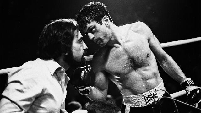 Robert De Niro leyó la autobiografía de Jake LaMotta durante el rodaje de El Padrino II en 1974 y vio el potencial de El toro salvaje que iba a hacer con Martin Scorsese. Tardó más de cuatro años en convencer a todos, incluyendo a Scorsese, para crear esta película.