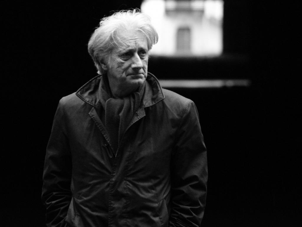 Patrick Deville. (Foto: hermite-critique-litteraire.com).