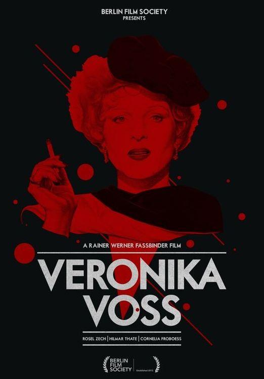 Película barroca, rodada en un blanco y negro, acorde con la triste historia y como homenaje a las antiguas películas producidas por la UFA, Fassbinder logró crear imágenes capaces de provocar resonancias en la mente del cinéfilo.
