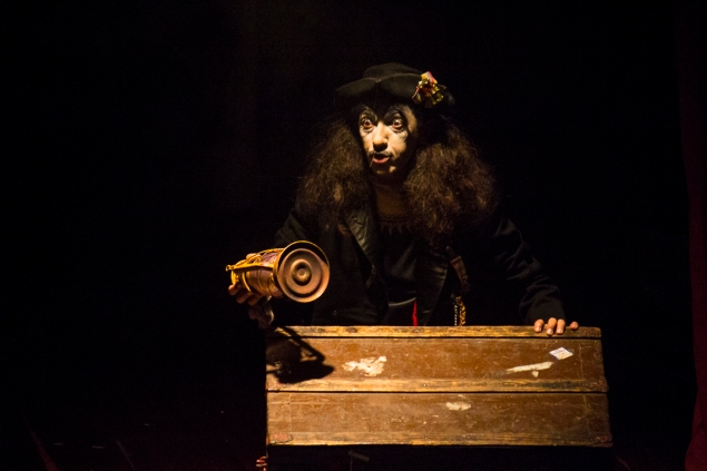 Fernando González. Velada Metafísica. Teatro Matacandelas. Foto: Sebastián Becerra.