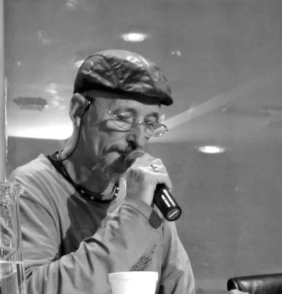 Carlos Dariel www.literariedad.co