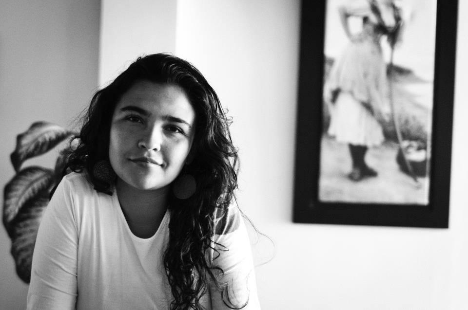 Carolina Saldarriaga Ramírez por Jaime Grajales / www.literariedad.co