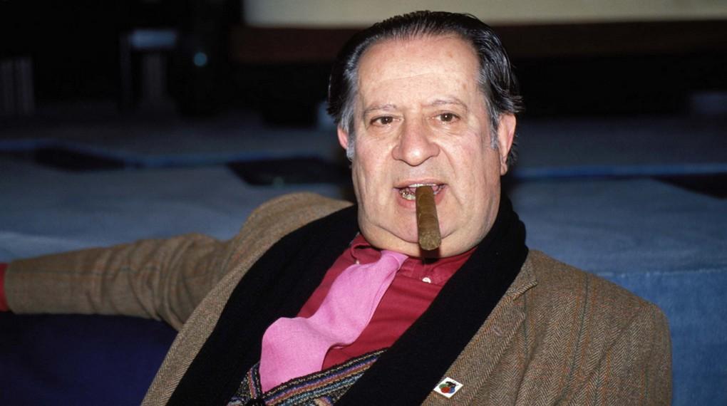 Contradictorio y de culto, escandaloso pionero del erotismo, Tinto Brass es el rey de la lascivia fílmica, el mirón por excelencia, el Maestro del Cine Erótico.