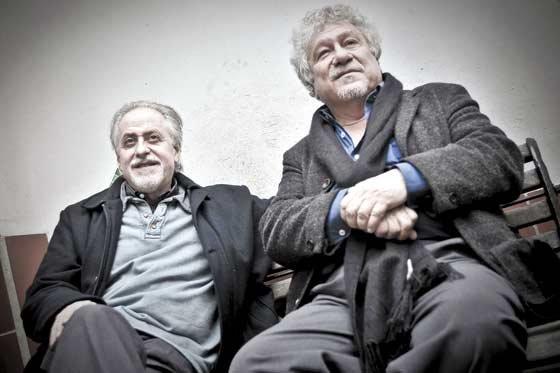 Jorge Boccanera y Juan Manuel Roca. Foto: Luis Ángel (tomada de El Espectador).