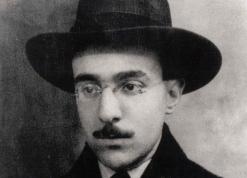 Fernando Pessoa, Revista Literariedad